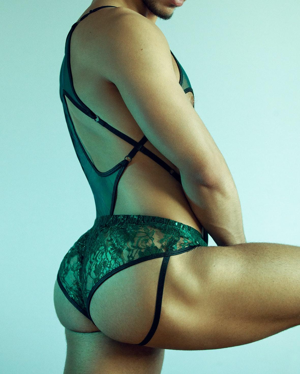 Why men like panties